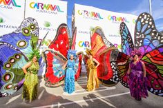 The New Year brings with it the Country's 2015 Carnival Festivities Carnival Outfits, Carnival Costumes, Cool Costumes, Halloween Costumes, Butterfly Dress, Butterfly Wings, Tent Craft, Carnival Activities, Africa Burn