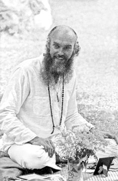 a special guest arrives outside class to ask to see inside Ram DAss's briefcase...