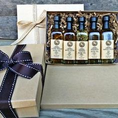 balsamic and olive oil, balsamic pair, olive pair, dressing, salad dressing, gourmet gift, Gift wrapping, Ready for gift-giving, Anniversary Gift, Birthday Gift, Bridal Shower Gift/Favors, Chef Gift, Christmas Gift, College Care Package, Cooking Gift, Co-worker Gift, Culinary Gift, Edible Gift, Engagements, Family Reunions, Father's Day, Foodie Gift, Gourmet Gift, Graduation Gift, Grandparents Day, Hostess Gift, Housewarming Gift, Kitchen Gift, corporate