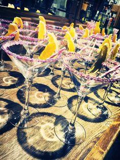 Alcoholic Drinks, Wedding Ideas, Wine, Glass, Drinkware, Corning Glass, Liquor Drinks, Alcoholic Beverages, Liquor