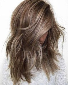 Gorgeous fall hair color for brunettes ideas (82)