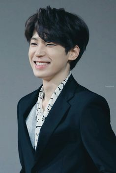 always weak for his nose scrunch Woozi, Jeonghan, Seventeen Wonwoo, Seventeen Debut, Dino Seventeen, Hiphop, Rapper, Vernon Chwe, Seventeen Wallpapers