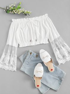 Shop Lace Contrast Off-Shoulder Drawstring Top online. ROMWE offers Lace Contrast Off-Shoulder Drawstring Top & more to fit your fashionable needs. Girls Fashion Clothes, Teen Fashion Outfits, Cute Fashion, Look Fashion, Girl Fashion, Trendy Teen Fashion, Fashion Styles, Cute Casual Outfits, Pretty Outfits