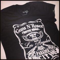 Guns n Roses Rocker T-Shirts para as meninas ;-) #userocker #modarocker #rocker #tshirts #camisetas #babylook #gunsnroses #slash #axlrose #jackdaniels #rock #hardrock #paradisecity #whisky Compre em www.modarocker.com.br