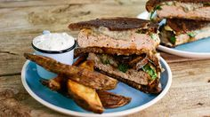 Black and Blue Patty Melts with Oven Fries and Horseradish Dipper #Whatsfordinner
