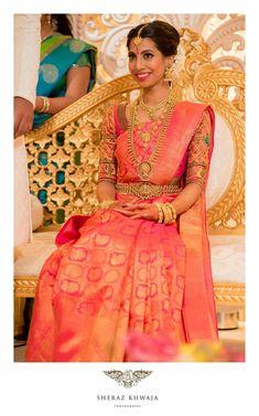 Sapi Vijay - Tamil bride Kurai Kancheepuram Kanchivaram saree South Indian bride traditional temple jewellery antique jewellery gold bridal look