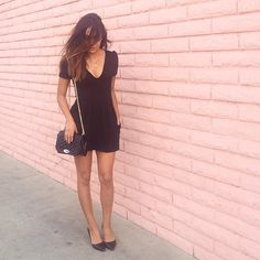 @stephanie_janee looking street chic in all black and our Love crossbody #myRM