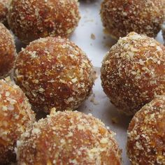Goji & Maca Superfood Balls
