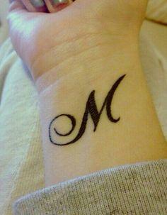 Manon Mathers - DIY & Crafts - Home M Tattoos, Bodysuit Tattoos, Phönix Tattoo, King Tattoos, Wrist Tattoos, Tattoo Blog, Small Tattoos, Alphabet Tattoo Designs, Name Tattoo Designs