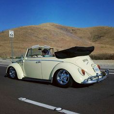 Classic Car News Pics And Videos From Around The World Vw Coccinelle Cabriolet, Volkswagen Convertible, Vw Volkswagen, Van Vw, Kdf Wagen, Car Camper, Campers, Best Muscle Cars, Vw Cars