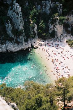 Cassis, the most beautiful and romantic beach and view in France! Les Calanques sont les plus beaux au monde!