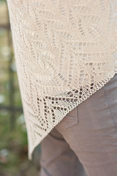 rue shawl by Bristol Ivy / by spinundersky, via Flickr