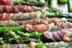 Broiled Prosciutto- Wrapped Asparagus spears- From Nom Nom Paleo Primal Recipes, Real Food Recipes, Cooking Recipes, Healthy Recipes, Healthy Foods, Cooking Ideas, Diet Recipes, Food Ideas, Paleo Side Dishes