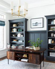 Built In Shelves Living Room, Built In Desk, Built In Bookcase, Black Bookcase, Painted Bookshelves, Desk In Living Room, Diy Built In Shelves, Dining Room Office, Office Shelving