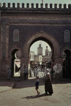 Bab Bou Jeloud, 1962 Czychowski/Timeline Images #1960 #60er #60s #Marokko #Morocco #Medina #Tor #Tore #Altstadt