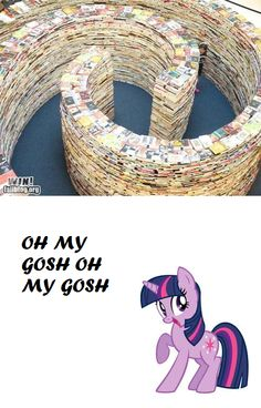 aaahhhh i dont know where to put thiiisss is it potter? is it ponys? both fandoms in one = amaze My Little Pony Comic, Mlp My Little Pony, My Little Pony Friendship, Mlp Twilight, Princess Twilight Sparkle, Funny Images, Funny Pictures, Mlp Memes, Mlp Comics