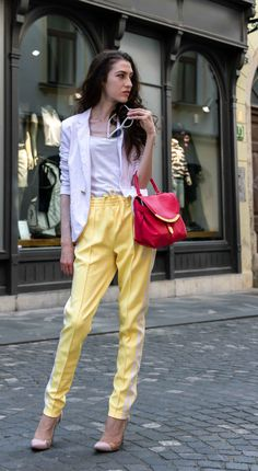 d55ae38914b9 Fashion Editor Veronika Lipar of Brunette from Wall Street sharing smart  chic summer look  fashion