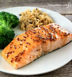 A quick and easy stir together of the glaze and a swift spell under the broiler is all you need to make honey mustard glazed salmon! - Everyday Dishes & DIY