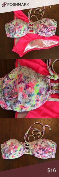 Victoria's Secret Strappy Bikini Top S NWOT - padded - removeable straps included - Strappy detail in front - never worn - paint splatter with metallic details - super cute and VS is no longer making no Pink swimsuits Victoria's Secret Swim Bikinis