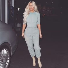 "671.6k Likes, 4,541 Comments - Kim Kardashian West (@kimkardashian) on Instagram: ""SEASON 6"""