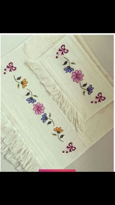 1 million+ Stunning Free Images to Use Anywhere Butterfly Embroidery, Hand Embroidery Stitches, Embroidery Art, Cross Stitch Embroidery, Embroidery Patterns, Cross Stitch Boarders, Cross Stitch Flowers, Cross Stitch Designs, Cross Stitch Patterns