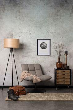 Dutchbone bar chair. Deze fauteuil is bij Wortelwoods Wonen verkrijgbaar in twee kleuren.