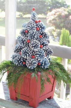 Diy christmas tree 469781804872980885 - A tutorial on how to make pine cone Christmas trees Source by lamplanetcom Pine Cone Christmas Decorations, Pine Cone Christmas Tree, Rustic Christmas, Simple Christmas, Christmas Diy, Christmas Wreaths, Christmas Ornaments, Pine Tree, White Christmas