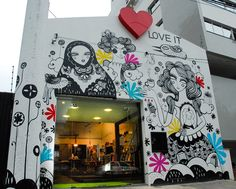 "Loja/Café ""Love It'."