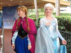 Anna and elsa from frozen in their first public meet greet at mousesteps anna and elsa from frozen first appearance at walt disney world m4hsunfo