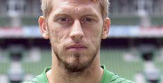 Werder ringt Hannover nieder - Fußball-Bundesliga - Beim Sonntagabend-Spiel hat sich Werder Bremen zuhause ein 3:2 im Nord-Derby gegen Hannover 96 erkämpft.