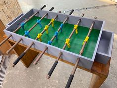 Table Football, Baby Feet, Wood Toys, Ping Pong Table, Diy Toys, Pinball, Board Games, Decoupage, Projects To Try