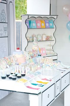 "Party Inspirations: Tata's ""A Vintage Candy Store"" by Styled By Coco Bedroom Crafts, Ice Cream Candy, Vintage Candy, Diy Bar, Disco Party, Party Shop, Party Party, Candy Store, Childrens Party"