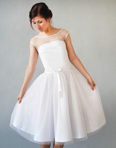 Brautkleider - D.A.R.L.I.N.E Brautkleid / Duchesse-Linie - ein Designerstück von Femkit4Brides bei DaWanda