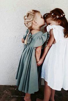 67 Ideas photography fashion kids sisters for 2019 Toddler Fashion, Kids Fashion, Fashion Clothes, Newborn Fashion, Fashion Purses, Fashion Shorts, Fashion 2018, Dress Fashion, Fashion Women