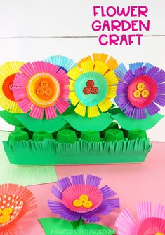 Repurpose an egg carton and cupcake liners to create this colorful flower garden craft. Kids will have so much fun planting each flower in their garden. Fun and simple flower craft for preschoolers and kids of all ages. Flower Crafts Kids, Garden Crafts For Kids, Preschool Garden, Spring Crafts For Kids, Diy Arts And Crafts, Craft Stick Crafts, Preschool Crafts, Art For Kids, Garden Fun