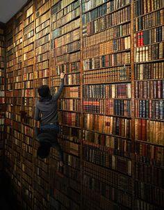 Antiquarian bookstore, Librería Bardón in Madrid, Spain.