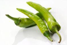 فلفل سبز به عنوان جزء اصلی رژیم غذایی آمریکایی و هندی شناخته شده است؛ ماده مغذی سرشار از آنتی اکسیدان هایی مانند کپسایسین، ویتامین آ، ویتامین ث، ویتامین ب، ویتامینEو مواد معدنی مانند آهن، منیزیم، پتاسیم.