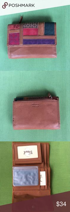 Fossil wallet nwot Newer used Fossil Accessories