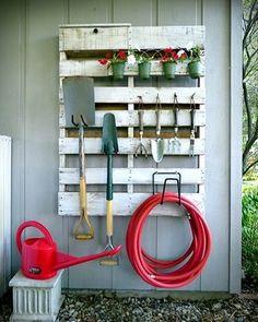 Como hacer un #organizador para el jardín con un palet