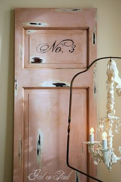 Amanda from Girl in Pink had a bit of fun painting & waxing this shabby Paris chic door finished with Antoinette Chalk Paint® decorative paint by Annie Sloan!
