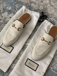 Gucci Princetown for Sale in Chicago, IL - OfferUp Fashion Slippers, Fashion Shoes, Walk In My Shoes, Me Too Shoes, Mules Shoes, Shoes Heels, Gucci Slipper, Official Shoes, Fall Winter Shoes