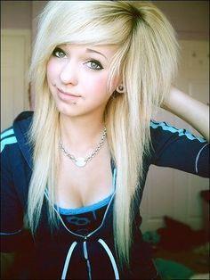 Cute Emo Girls with a Ponytail | 32 Long Hairstyles for 2015 – Popular Hairstyles We Love