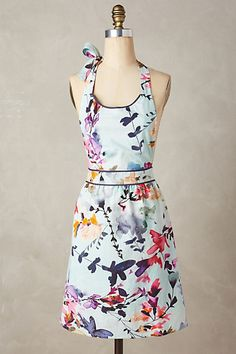 Anthropologie EU Wildflower Study Apron