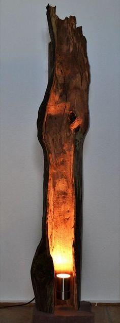 Braune 1,5m lange Zuleitung für die Steckdose, inkl. Eine hochwertige 7 Watt Led, warm weiss, sorgt für dezente Beleuchtung entlang des Stammes bis zur Decke. Stehlampe aus ausgehöhltem Apfelbaum. Diese schöne und einmalige Lampe kommt direkt von den Streuobstwiesen des Spessarts. | eBay!