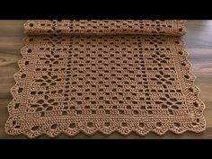 Crochet Edging Patterns, Crochet Motif, Crochet Decoration, Chair Backs, Knitting Videos, Filet Crochet, Double Crochet, Diy And Crafts, Coasters