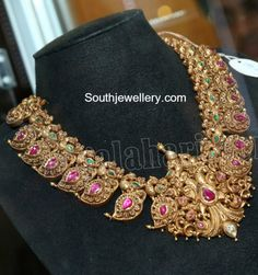 Mango Necklace latest jewelry designs - Page 2 of 42 - Indian Jewellery Designs India Jewelry, Temple Jewellery, Gold Jewelry, Jewelery, Gold Bangles, Antique Necklace, Antique Jewelry, Antique Gold, Indian Jewellery Design
