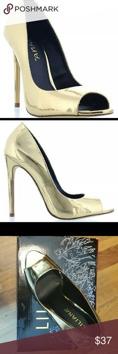 """Liliana Gold Peep-Toe 4.5"""" Heel Brand New Never Worn  Comes With Original Box.  These Are A Little Big On Me...Fits More Like A 9  Or Will Fit A Wider Size 8.5 Foot Liliana Shoes Heels"""