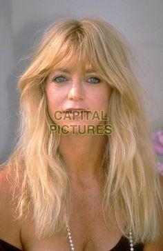 GOLDIE HAWN.Ref: 026.headshot, portrait, fringe.www.capitalpictures.com.sales@capitalpictures.com.©Capital Pictures