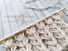 Wochenendmaschen #3 - this is in German but the Google translation is surprisingly good! Knitting Stiches, Knitting Videos, Knitting Socks, Knitting Projects, Baby Knitting, Crochet Projects, Knitting Patterns, Crochet Patterns, Crochet Wool