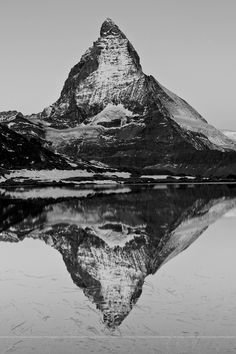 Matterhorn @ Riffelsee at dawn with full moon by Sonja Grubenmann climb this